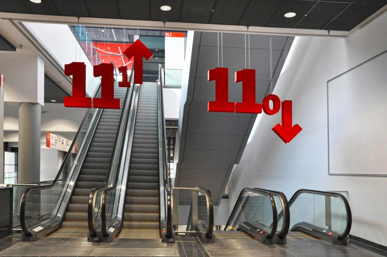 Eva Plass: <strong>Messe Frankfurt</strong><br> – Leit- und Informationssystem Konzept / bei Integral Ruedi Baur Zürich