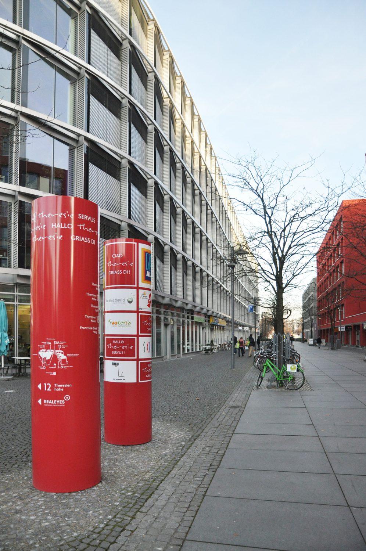 Eva Plass: <strong>Theresie München</strong><br> – Orientierungs- und Leitsystem / 2016