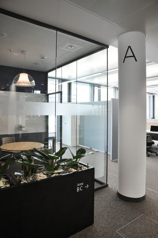 Eva Plass: <strong>Webasto Roof &#038; Components Stockdorf</strong><br> &ndash; Signaletik Office
